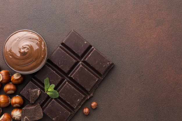 Ето как закусвайки малко шоколад всеки ден може да отслабнете
